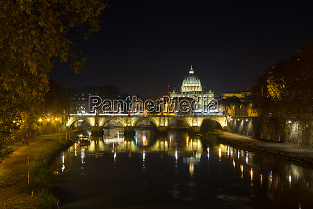 night scene of rome tevere river