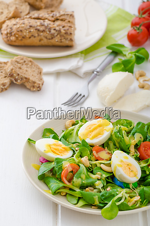 lambs lettuce salad with eggs and