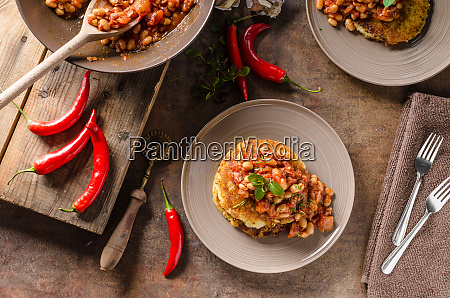 bake beans with fluffly potato cakes