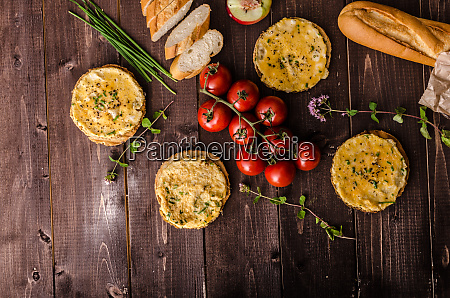 mini omelets crunchy pastry
