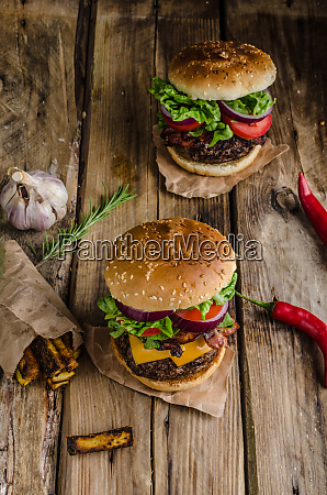 beef burger rustic style