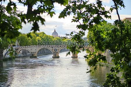 ponte sisto above the tiber rome