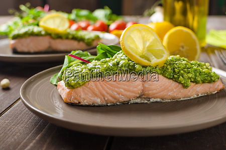 steamed salmon with pesto