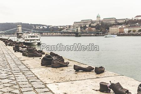 waterside shoe sculptures a wwii memorial
