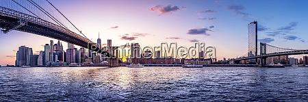 panoramic view at manhattan while sunset