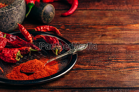 ground and dried chili peppers on