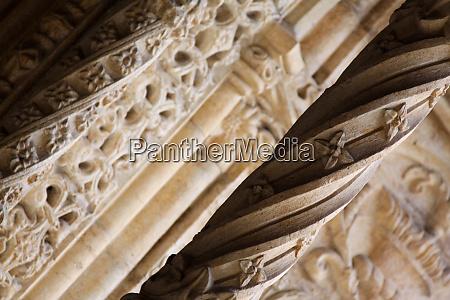 pillar decorated