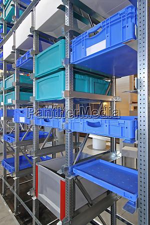 crates boxes storage
