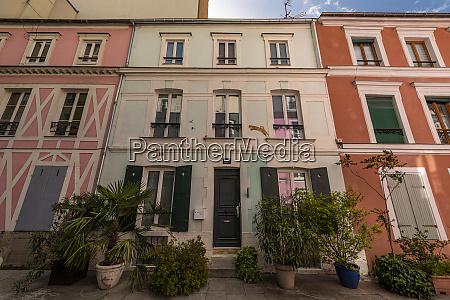 rue cremieux is hidden between rue
