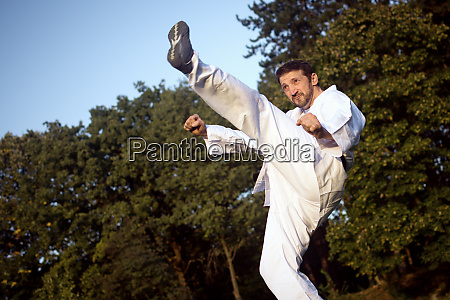 high kick in karate
