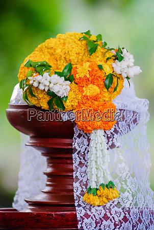 marigold garland flower garland