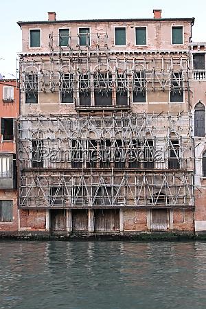 scaffolding venice