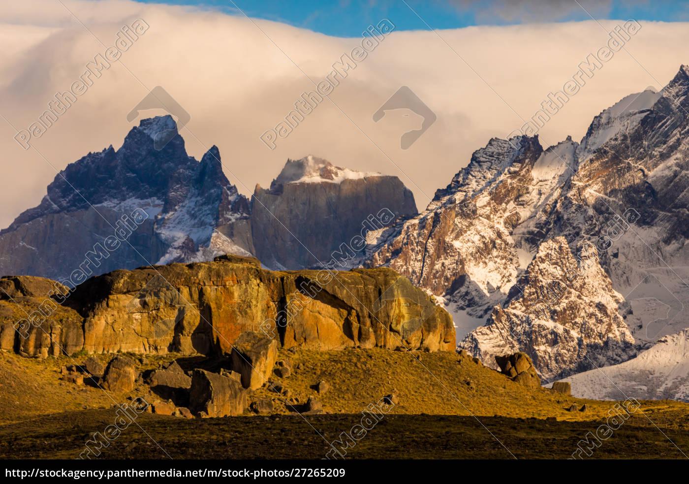 beautiful, scenery, in, torres, del, paine - 27265209