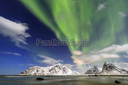 northern lights aurora borealis on skagsanden