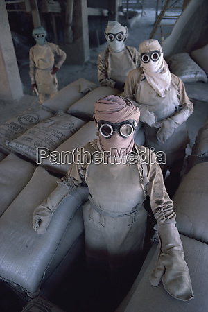 cement plant workers gujarat state india