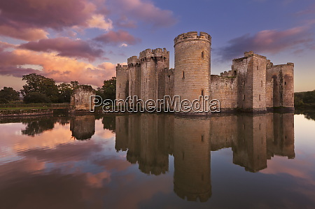 bodiam castle and moat a 14th