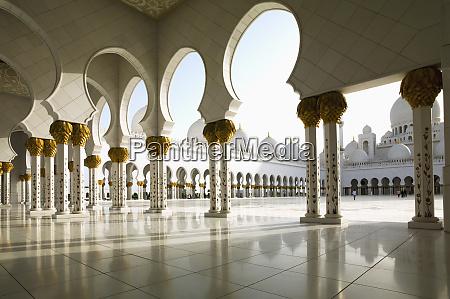 sheikh zayed mosque abu dhabi united