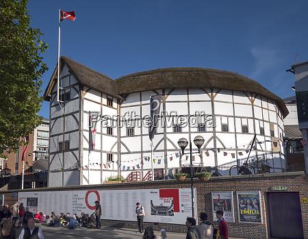 globe theatre south bank london england