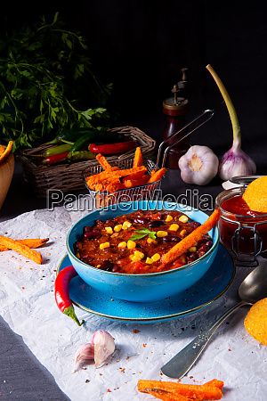 chili con carne with sweet potato