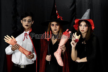 halloween costumes teenager young adult party