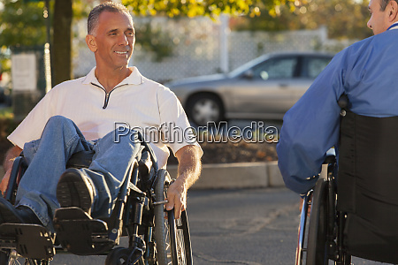 man with spinal cord injury doing
