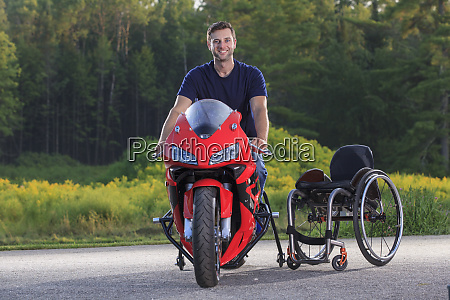 man with spinal cord injury on