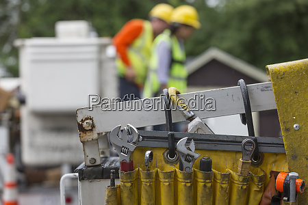 work tools for cable linemen at