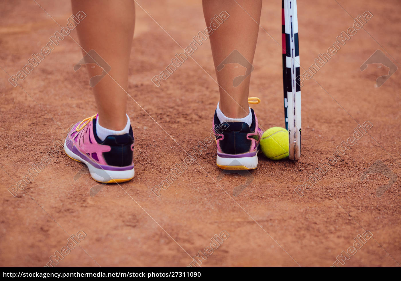female, tennis, player, standing, on, the - 27311090