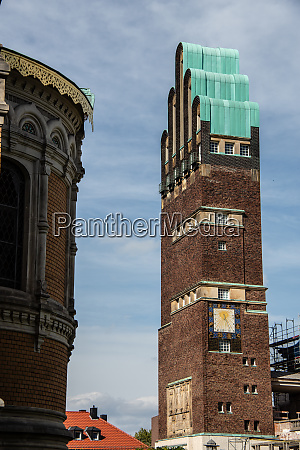 the wedding tower as a landmark