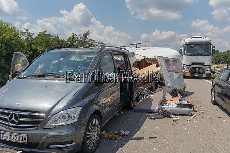minivan camper crash