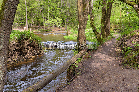 path at the tanew river in