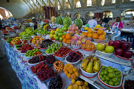 eriwans central market armenia