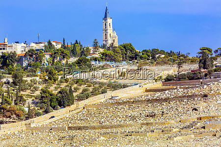 mount of olives jewish cemeteries church