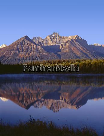 canada alberta banff national park sunrise
