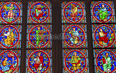 kings jesus christ stained glass notre