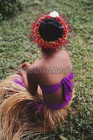 micronesia pohnpei woman sitting with pohnpei
