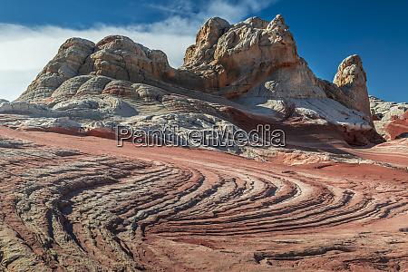 sandstone swirls and cliffs vermillion cliffs