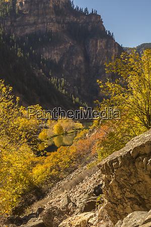 usa colorado glenwood canyon autumn landscape