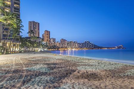 usa hawaii honolulu waikiki beach and