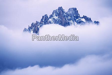 usa idaho sawtooth range mountain top