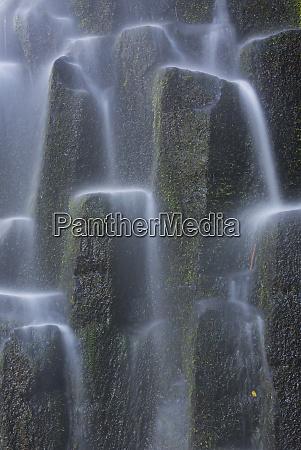 usa oregon proxy falls waterfalls over