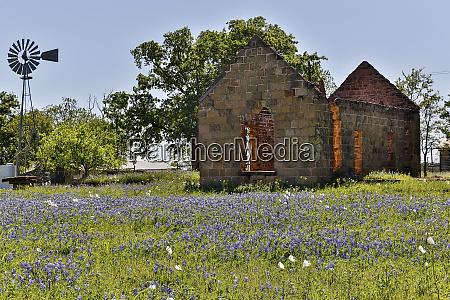 old abandoned building cherokee texas