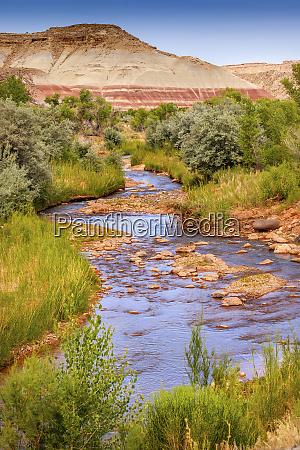 red white sandstone mountain fremont river