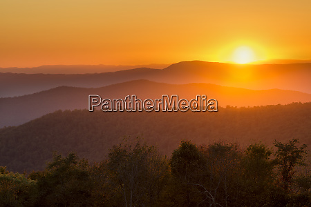 usa virginia shenandoah national park sunset