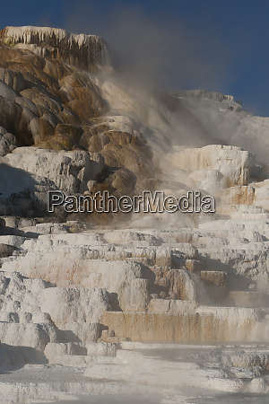 usa wyoming geothermal mineral deposit formations