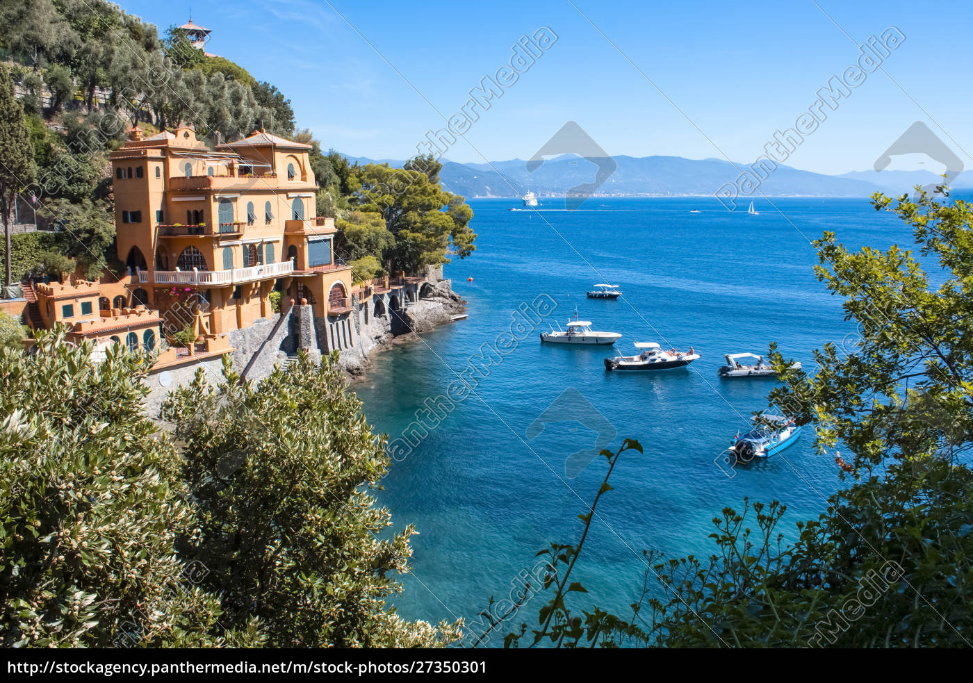 seaside, villas, near, portofino, in, italy - 27350301