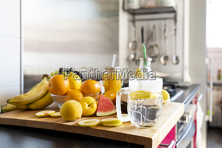 lemon infusion on kitchen table with