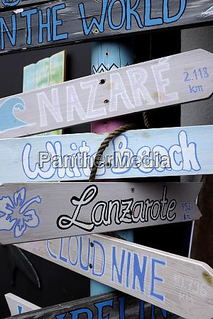 decoration made of stranded goods