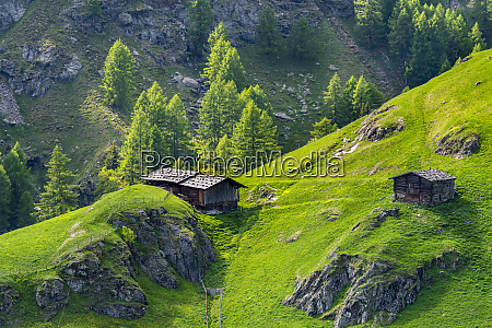 mountain hut at passeier valley alto