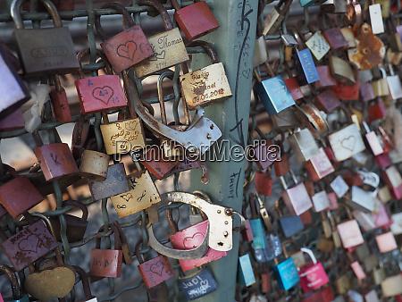love locks on hohenzollernbruecke hohenzollern bridge